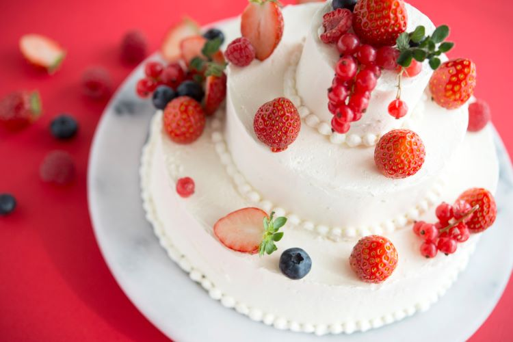 ウェディングケーキはなぜ「3段」?段数の意味