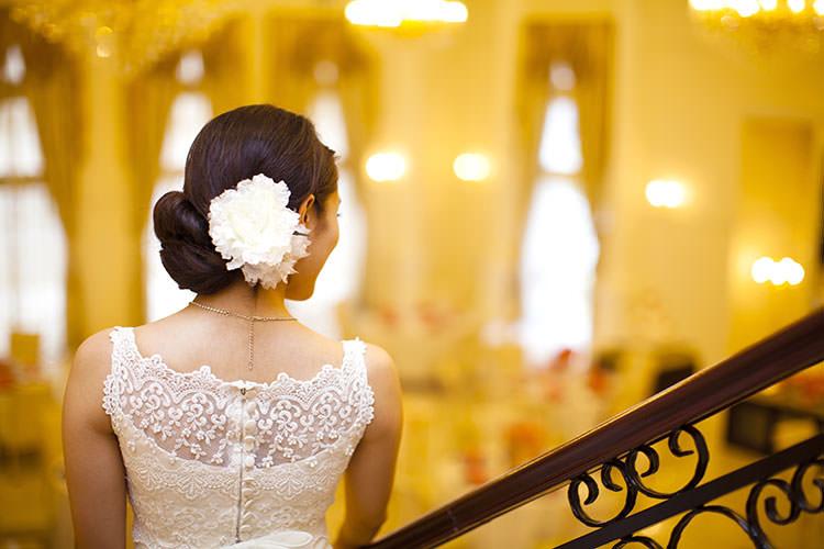 花嫁の髪飾り「ウェディングヘッドドレス」定番まとめ
