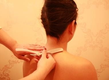 ブライダルシェービングのイメージ(髪風)