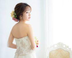 花嫁の背中