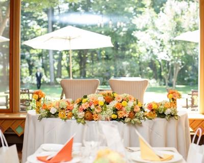アイディア勝負!貧相に見えない結婚式の装花の節約ポイント